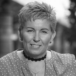 Dianne Rodgers Headshot