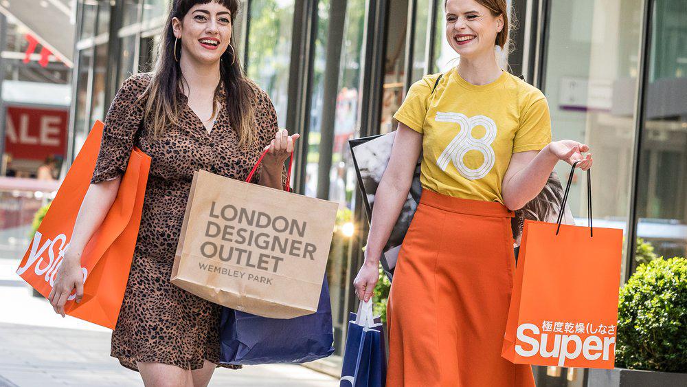 London_Designer_Outlet_Happy_Shop.ccad01a9.fill-1000x563