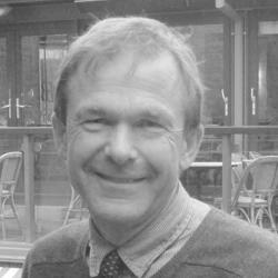 Andrew Davies Headshot